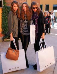 OMG! Hot shopping bags!!